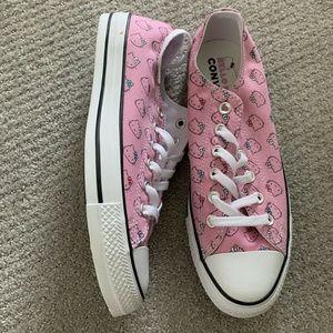 Converse X Hello Kitty Chucks Low Sneaker Size 9.5